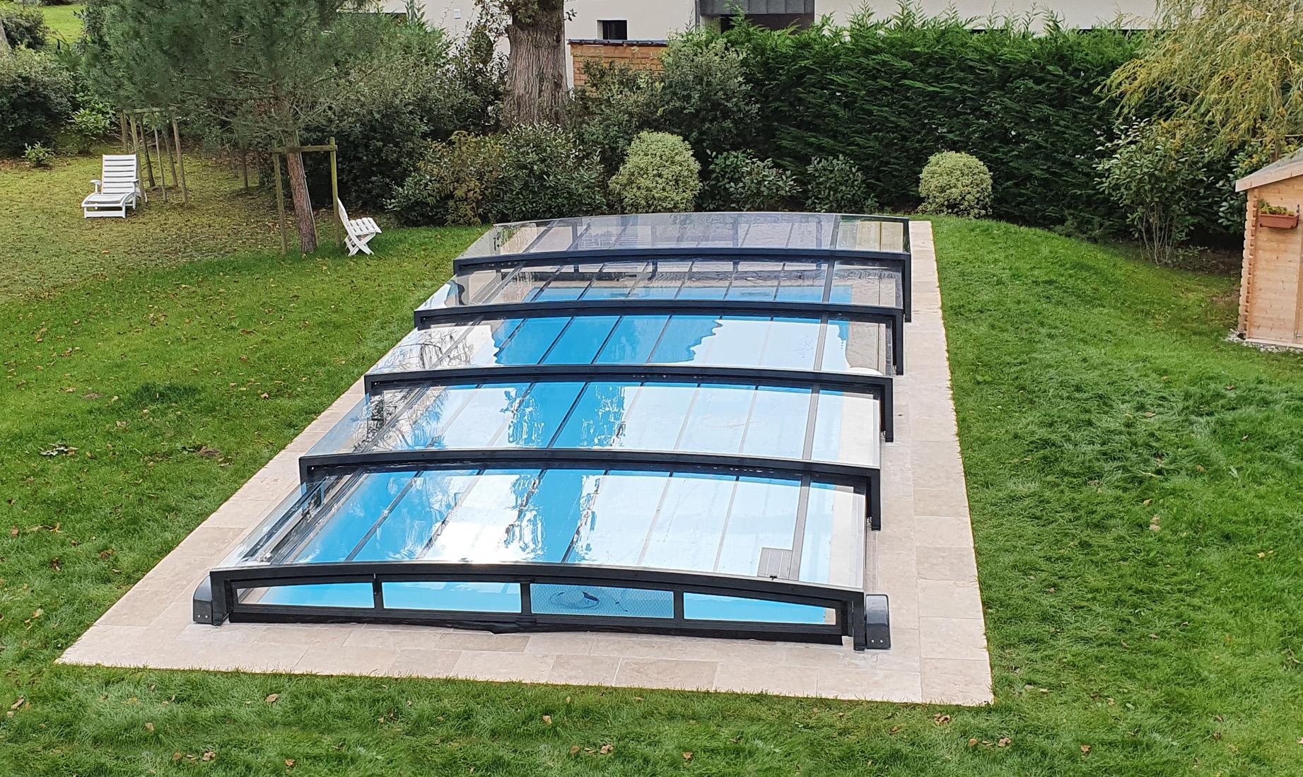 Abri bas piscine