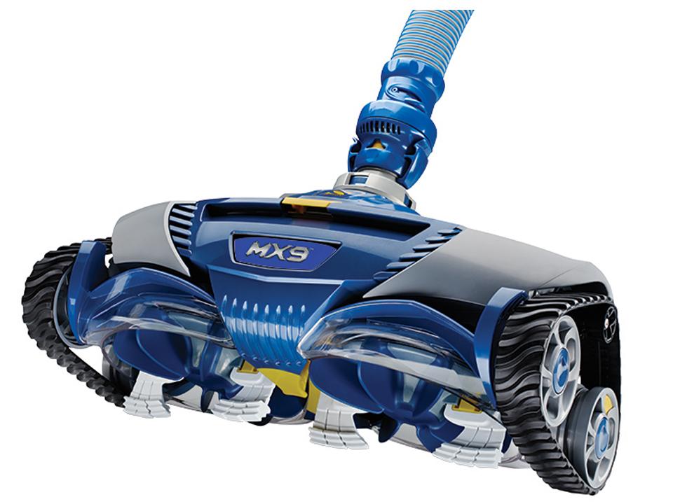 Robot à surpresseur